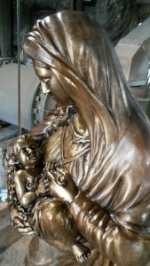 Madonna in bronzo - casellatura e imballo - Fonderia Marinelli