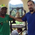 Montaggio della campana in Guinea Equatoriale - Campane Marinelli